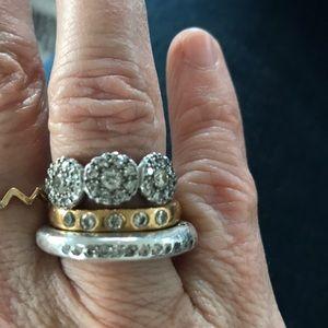Jewelry - Diamond and platinum ring